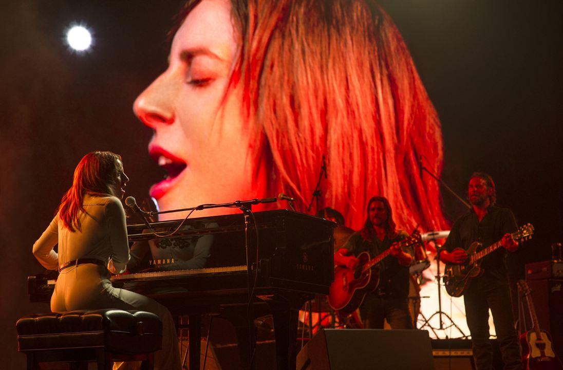 A Star Is Born : Bild Bradley Cooper, Lady Gaga