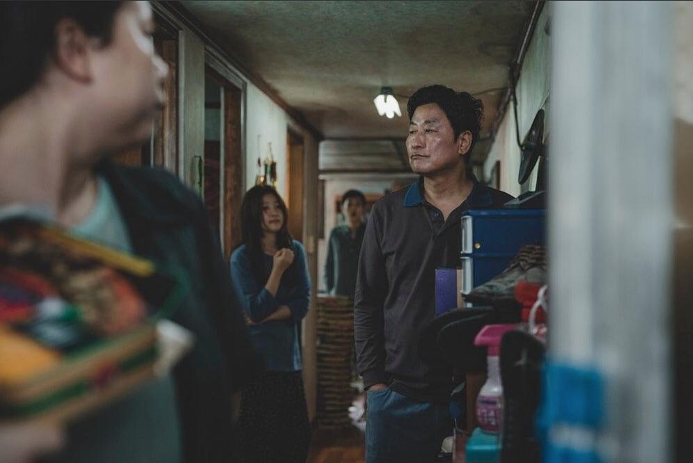 Parasite : Bild Chang Hyae Jin, Park So-Dam, Song Kang-Ho, Woo-sik Choi