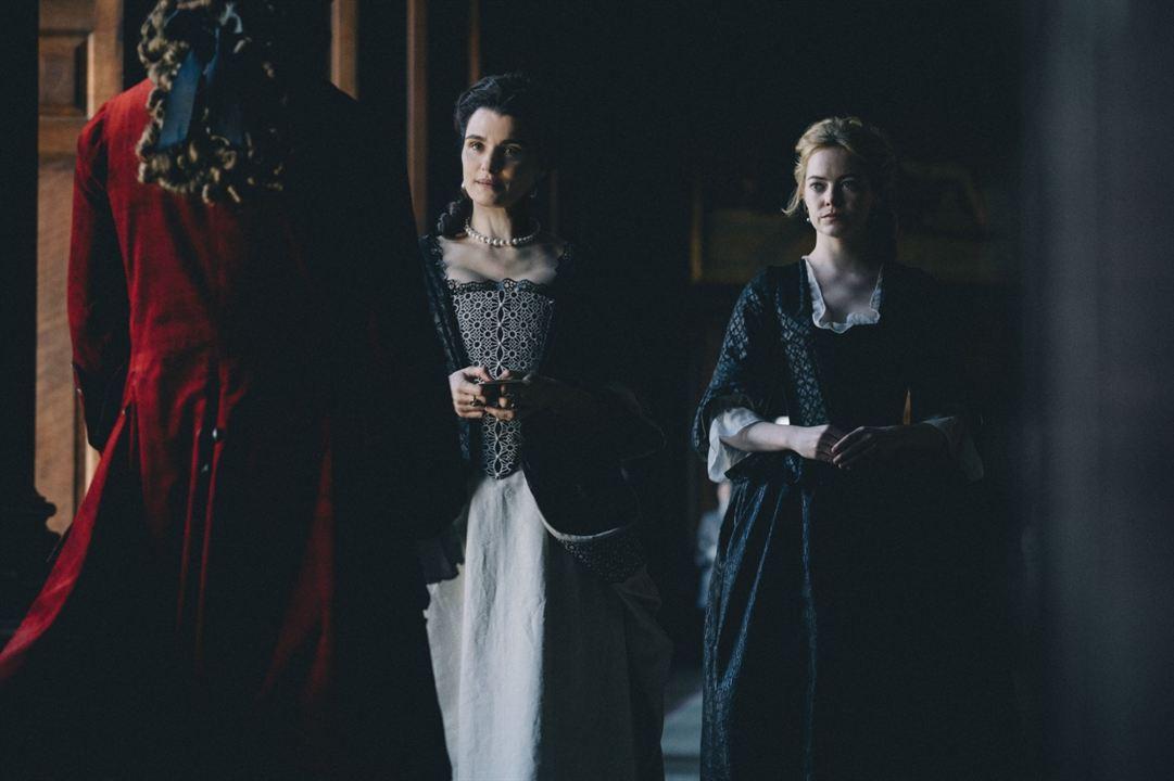 The Favourite - Intrigen und Irrsinn : Bild Emma Stone, Rachel Weisz