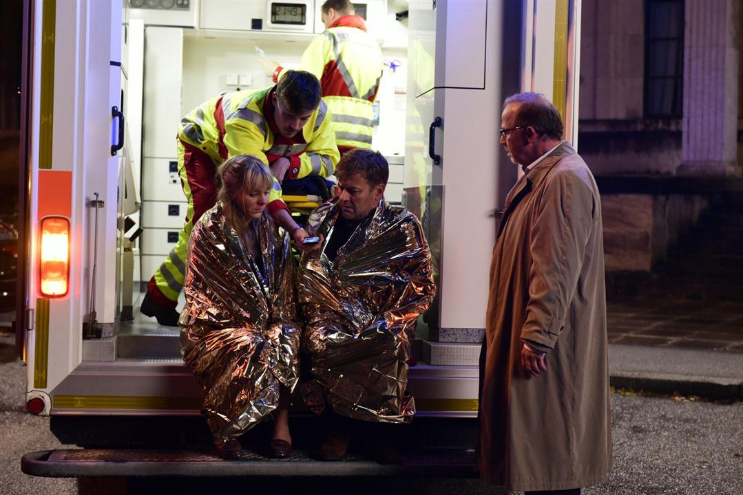 München Mord: Die ganze Stadt ein Depp : Bild Alexander Held, Bernadette Heerwagen, Marcus Mittermeier