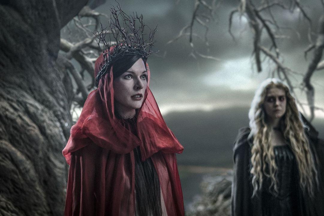 Hellboy - Call Of Darkness : Bild Milla Jovovich, Penelope Mitchell