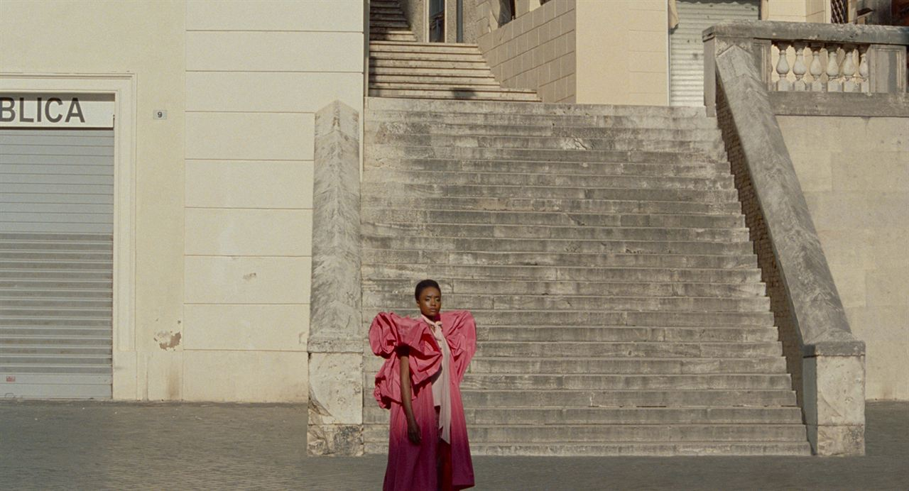 The Staggering Girl : Bild KiKi Layne