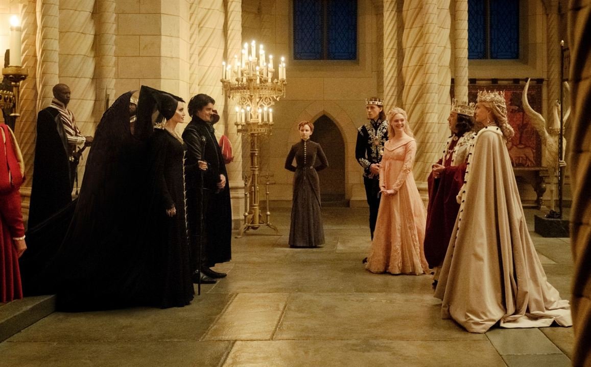 Maleficent 2: Mächte der Finsternis : Bild Angelina Jolie, Elle Fanning, Harris Dickinson, Jenn Murray, Michelle Pfeiffer