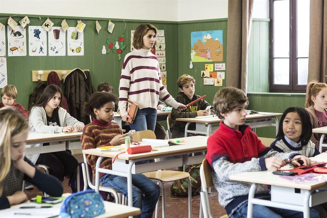 Unsere Lehrerin, die Weihnachtshexe : Bild Diego Delpiano, Jasper Gonzales Cabal, Odette Adado, Paola Cortellesi