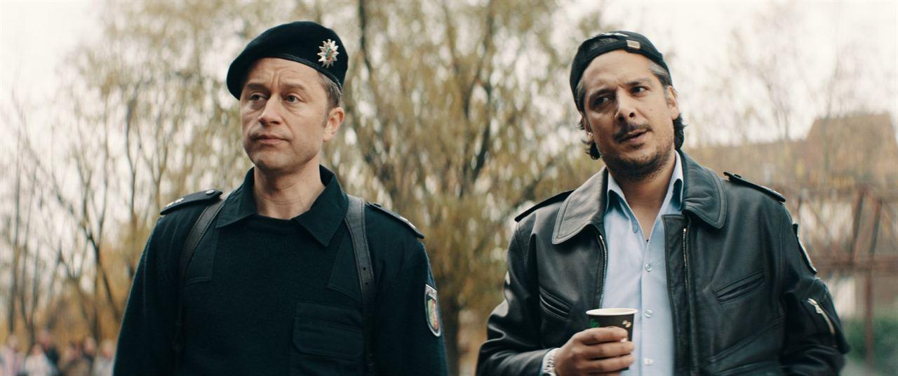 Faking Bullshit - Krimineller als die Polizei erlaubt! : Bild Adrian Topol, Erkan Acar