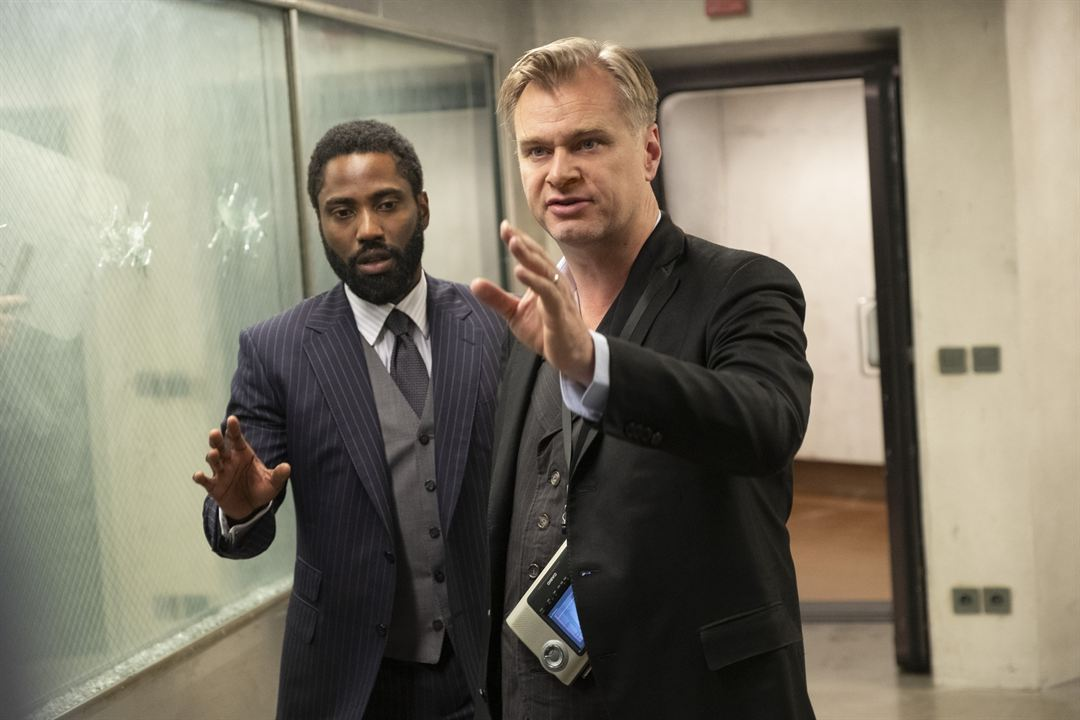 Tenet : Vignette (magazine) Christopher Nolan, John David Washington