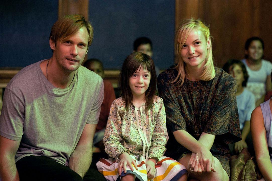 Das Glück der großen Dinge : Bild Alexander Skarsgård, Joanna Vanderham, Onata Aprile