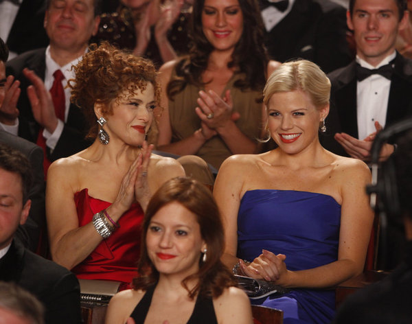 Bild Bernadette Peters, Megan Hilty