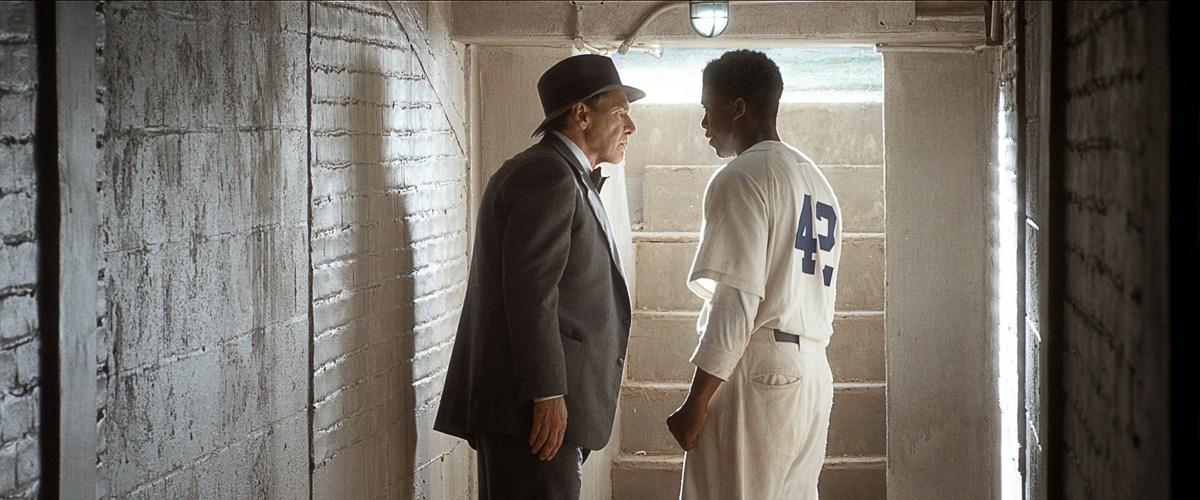 42 - Die wahre Geschichte einer Sportlegende : Bild Chadwick Boseman, Harrison Ford