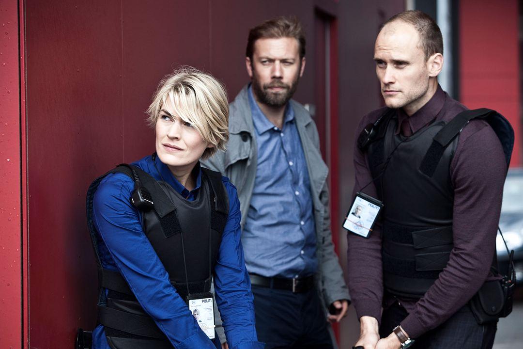Bild Frederik Meldal Nørgaard, Jakob Cedergren, Laura Bach (II)
