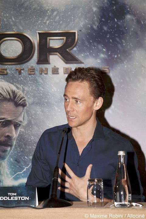 Thor 2 - The Dark Kingdom : Vignette (magazine) Tom Hiddleston