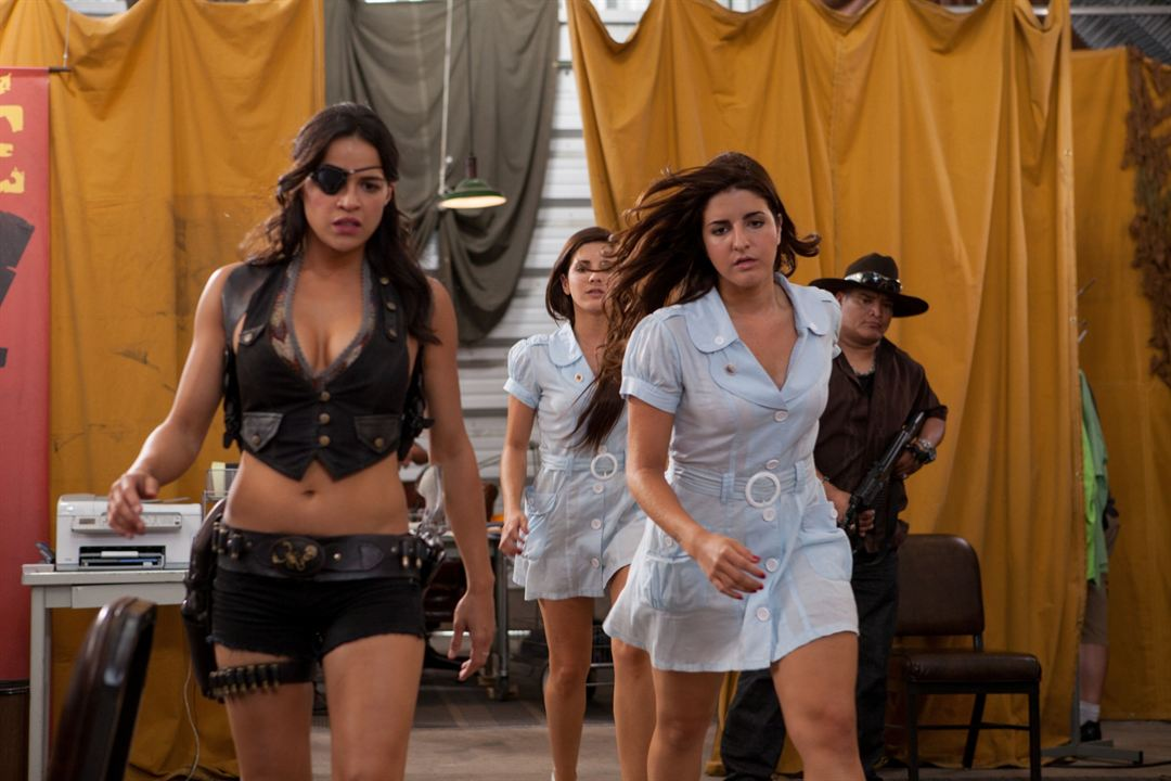 Machete 2: Machete Kills : Bild Electra Avellan, Elise Avellan, Michelle Rodriguez
