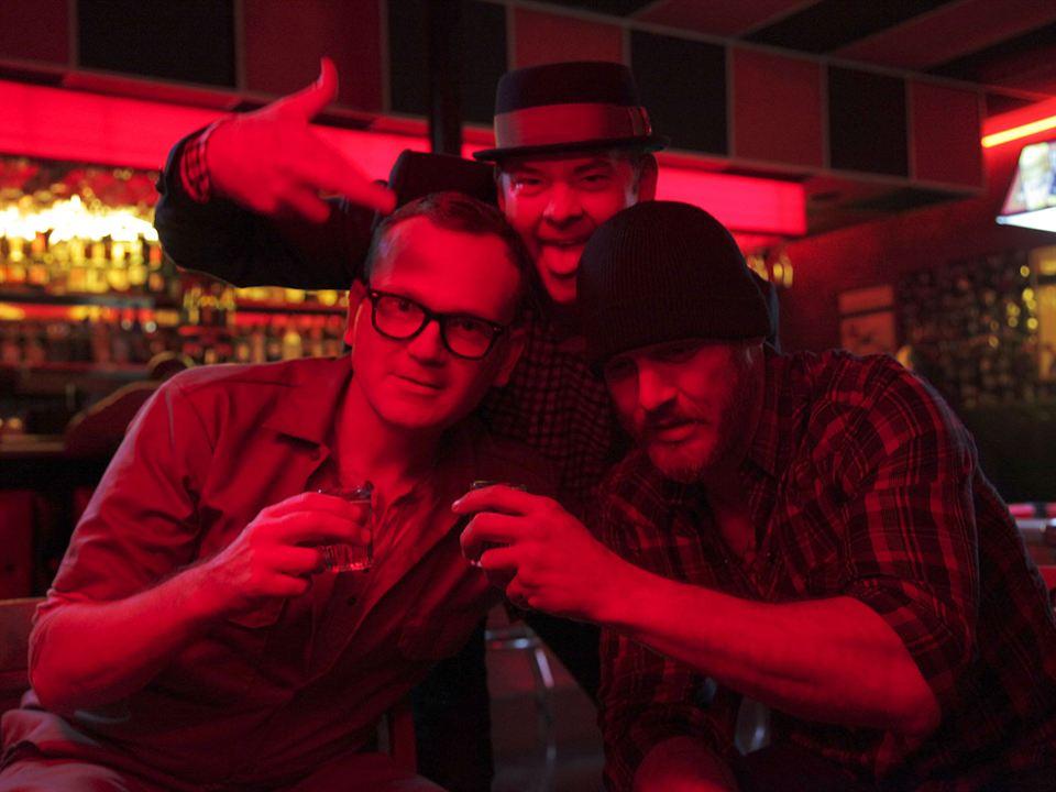 Cheap Thrills : Bild David Koechner, Ethan Embry, Pat Healy