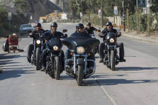 Bild Charlie Hunnam, Kim Coates, Rusty Coones, Theo Rossi, Tommy Flanagan