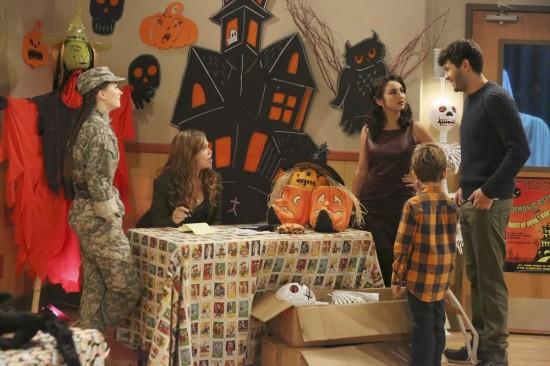 Bild Amanda Fuller, Flynn Morrison, Kaitlyn Dever, Molly Ephraim