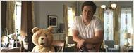 """Video: Mark Wahlberg entschuldigt sich beim Papst für """"Ted"""""""