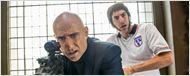 """Er meint es doch nur gut: Sacha Baron Cohen nervt Mark Strong im neuen Trailer zu """"Der Spion und sein Bruder"""""""