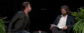 """Anschauen: Brad Pitt und ein klebriges Mitbringsel bei """"Between Two Ferns"""" von Zach Galifianakis"""