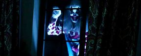 """Horrorclown terrorisiert Kleinstadt: Erster Trailer zum passend betitelten Horrorfilm """"Clowntergeist"""""""