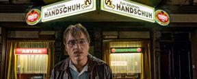 """Fantasien mit rohem Fleisch: Erster Trailer zu """"Der goldene Handschuh"""" von Fatih Akin"""