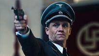 """Matthias Schweighöfer als Nazi-Schlächter: Deutscher Trailer zu """"Resistance"""" mit Jesse Eisenberg"""
