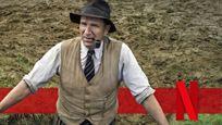 """Im Trailer zu """"Die Ausgrabung"""" macht Ralph Fiennes eine unglaubliche Entdeckung – bald auf Netflix"""