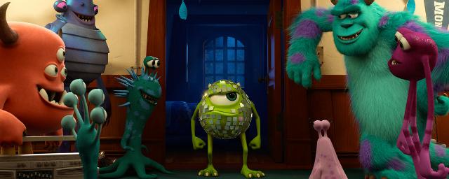 Neue Bilder Zu Die Monster Ag 2 Mike Und Sully Haben Spaß Auf Der