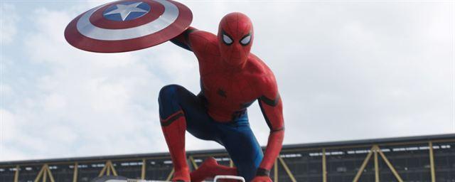 Das Logo Zu Spider Man Far From Home Ist Da Und Das Internet