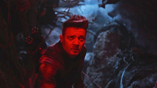 Avengers 4 Endgame Das Bedeutet Hawkeyes Neues Tattoo Kino News