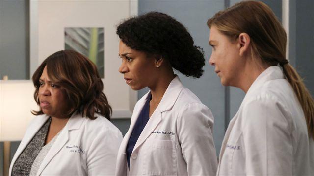 Grey S Anatomy Darum Soll In Staffel 17 Die Coronavirus Pandemie Behandelt Werden Serien News Filmstarts De