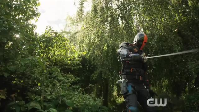 """Supergirl"", ""The Flash"", ""Arrow"" & ""Legends Of Tomorrow"" - Trailer zum großen Crossover 2016"
