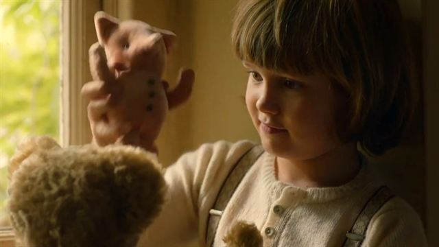 Goodbye Christopher Robin Trailer DF