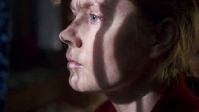 The Woman in the Window Trailer DF