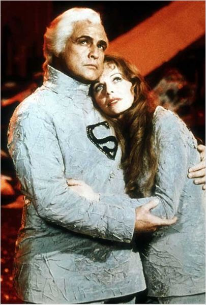 bild zu marlon brando zum der film superman bild 94 von. Black Bedroom Furniture Sets. Home Design Ideas