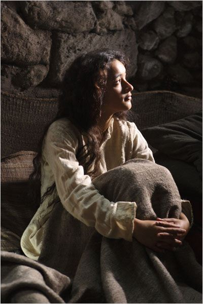 Nativity Story Review besides Official Nativity Story Birth Of Jesus Christ Movie furthermore Hiam Abbass 1608007 ApplicationStar besides The Nativity Story also Moviephotosposters. on oscar isaac keisha castle hughes