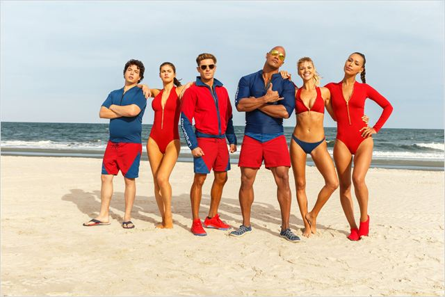 Baywatch : Bild Alexandra Daddario, Dwayne Johnson, Ilfenesh Hadera, Jon Bass, Kelly Rohrbach