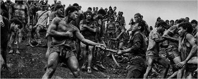 """Erster Trailer zu """"Das Salz der Erde"""": Wim Wenders auf den Spuren von Fotograf Sebastião Salgado"""