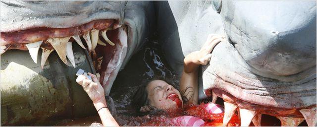 """Trailer zu """"3-Headed Shark Attack"""": Gegen dieses Monster hilft nur Danny Trejo … oder auch nicht?"""