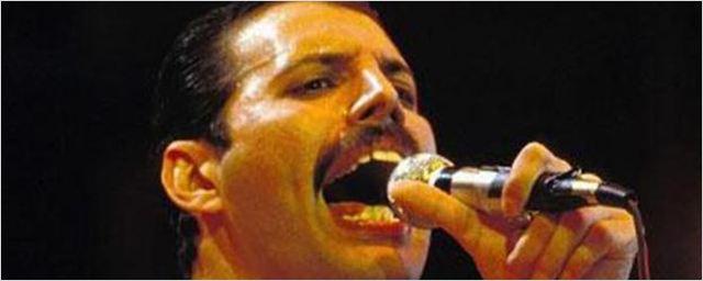 Freddie Mercury lebt: Neuer Drehbuchautor für Biopic über Queen-Frontmann bringt Schwung ins Projekt