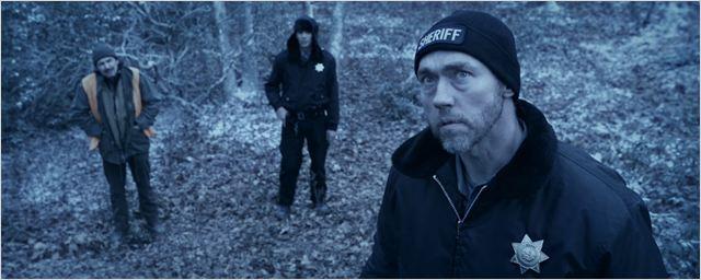 """""""Dark Was The Night"""": Deutsche Trailerpremiere zum Monster-Horror mit Kevin Durand und Lucas Haas"""
