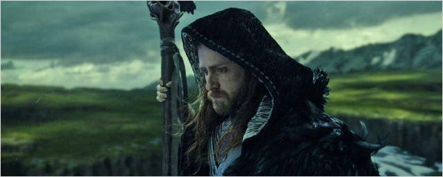 """Deutsche Kinocharts: """"Warcraft: The Beginning"""" ist neuer Spitzenreiter vor """"Alice im Wunderland 2"""""""