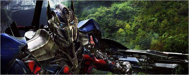 """Bumblebee und krachende Action im neuen Setvideo zu """"Transformers 5: The Last Knight"""""""