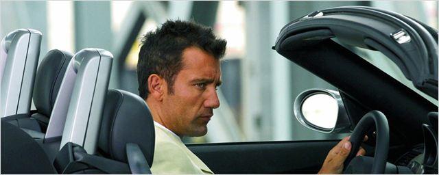 """Clive Owen ist wieder der """"Driver"""": Neill Blomkamp macht neuen Kurzfilm der hochklassigen Reihe"""