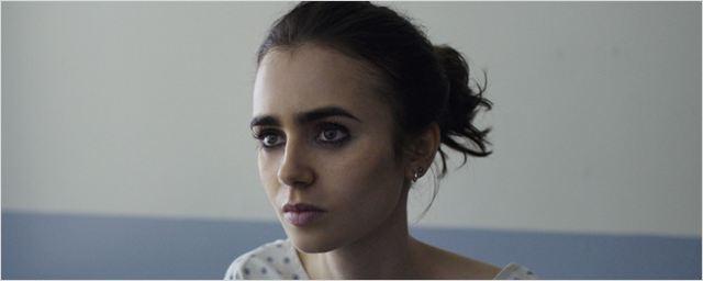 """Neue Netflix-Kontroverse nach """"Tote Mädchen lügen nicht"""": Proteste gegen Magersucht-Drama """"To The Bone"""""""