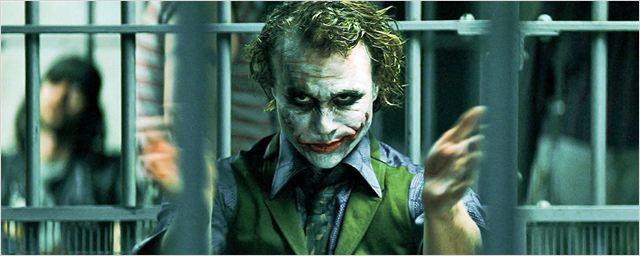 """Darum amüsiert sich das Internet 9 Jahre nach """"The Dark Knight"""" plötzlich über diese eine Joker-Szene"""