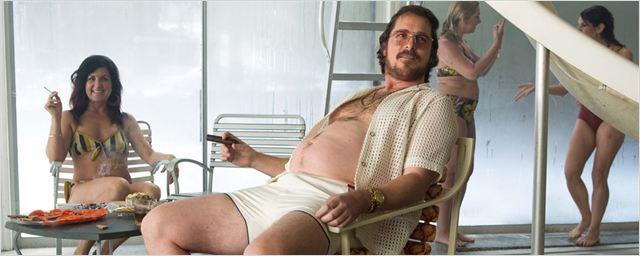 "Dick-Cheney-Biopic ""Backseat"": Christian Bale macht sich mit Kuchen fett"
