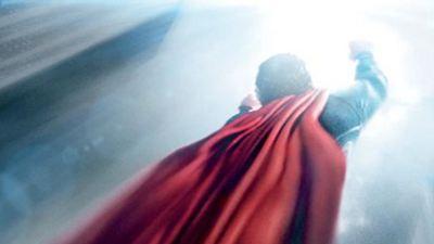 """""""Man of Steel"""": Neue Poster und Videos zu Zack Snyders Superhelden-Spektakel mit Henry Cavill"""