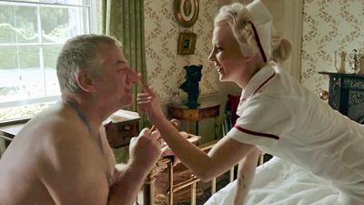 """Alte Männer mit Baby-Fetisch und sexy Krankenschwestern im ersten Trailer zur Horror-Komödie """"Attack Of The Adult Babies"""""""