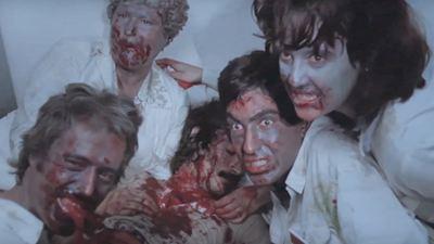 """WTF?! Der lange Trailer zu """"Corona Zombies"""" besteht vor allem aus echten (!) Nachrichten – und einem Zombie-Klassiker"""