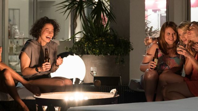 """""""Girls' Night Out"""": Wilder Junggesellinnenabschied im neuen Trailer zur Komödie mit Scarlett Johansson"""